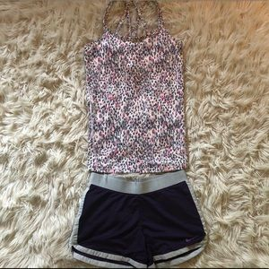 Size XS Nike And Gaiam workout outfit